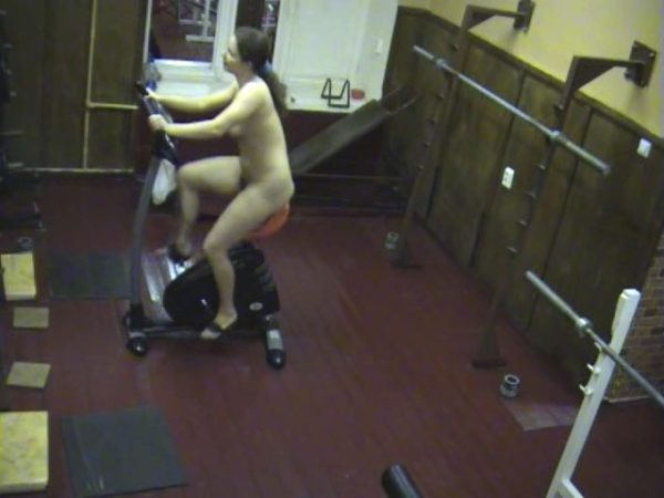 Pretty doll caught on cam in the gym!